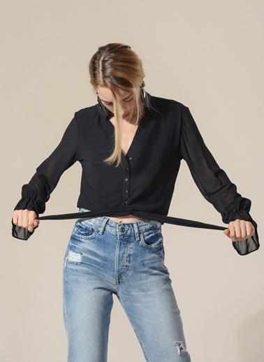 Agenda Belden Bağlama Detaylı Bluz Siyah